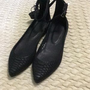 Joie ballerina flats size 6 run a little big NWOB